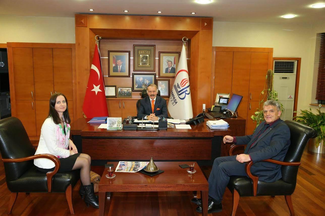 Predsjednik Tutina Šemsudin Kučević i narodna poslanica Sabina Dazdarević su se sastali sa g. Mehmetom Dumanom, generalnim sekretarom Ujedinenih gradova i lokalnih samouprava zaduženim za region Srednji istok i Zapadna Azija