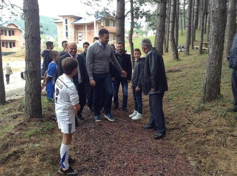 Ministar omladine i sporta Vanja Udovičić otvorio je trim stazu i multifunkcionalni teren u Tutinu