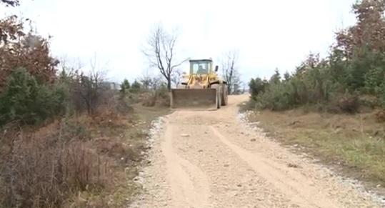 Započela sanacija oštećenih makadamskih puteva prilikom nedavnih poplava