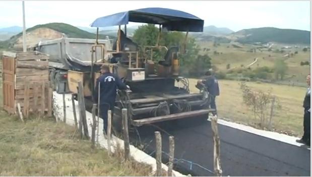 Asfaltirano 1,5km puta u tutinskom selu Mitrova